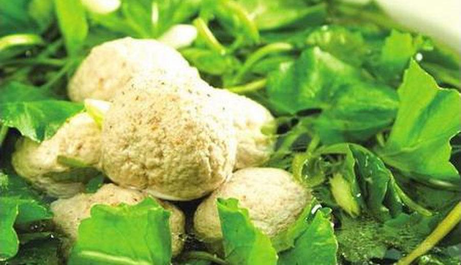 Canh rau má, món ăn làm thuốc cho người Viêm gan
