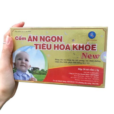 Trên tay hộp Cốm ăn ngon tiêu hóa khỏe New