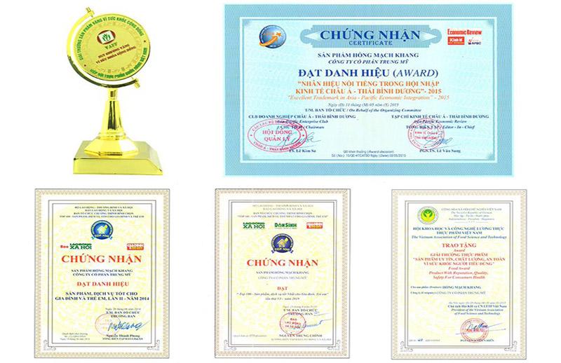 Giải thưởng của Hồng Mạch Khang