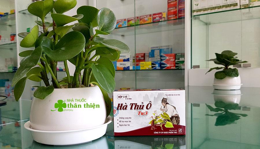 Hình chụp sản phẩm Hà Thủ Ô Tw3 dạng Vỉ tại nhà thuốc!