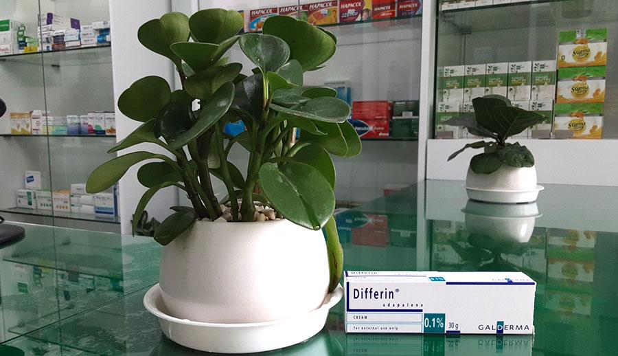 Hình chụp Differin 0.1% tại nhà thuốc!