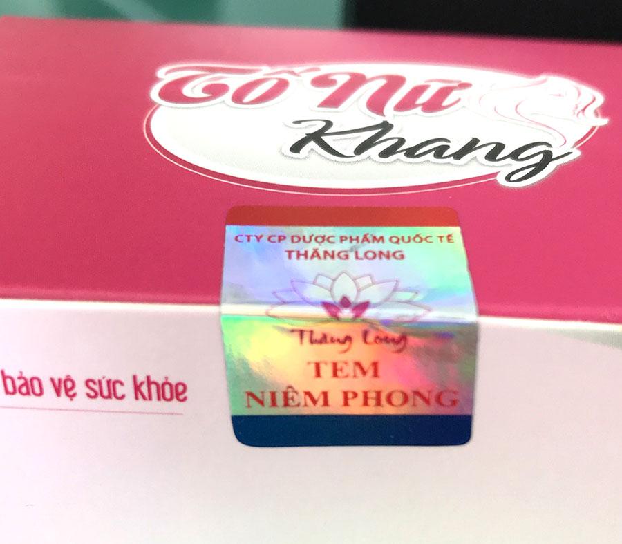 Tố Nữ Khang sử dụng tem niêm phong chống hàng giả như hình
