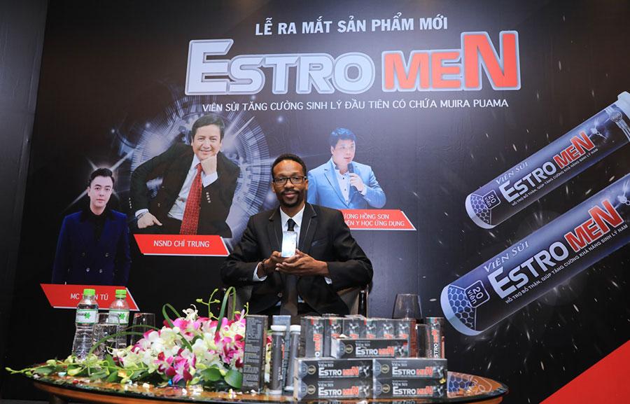 Hình chụp Viên sủi EstroMen tại lễ ra mắt sản phẩm