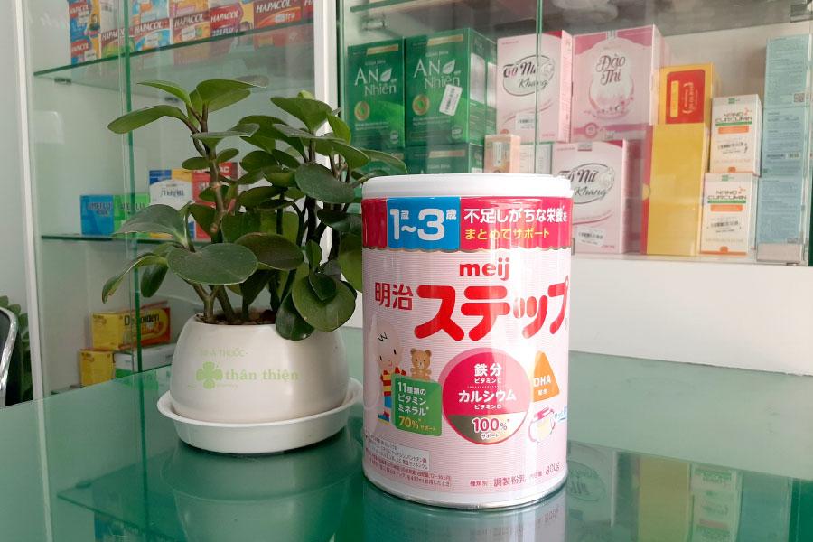 Sữa Meiji số 9 dành cho trẻ tử 1-3 tuổi, hàng nội địa Nhật (hộp thiếc 800g)