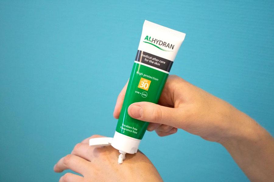 Kem Alhydran 30ml, ngăn ngừa hình thành sẹo sau điều trị tia xạ, da bị ăn mòn sau spa